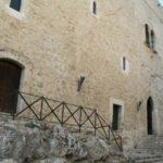 """Castello Chiaramonte, presentazione del libro """"Non tutti ci sono, non tutti lo sono"""""""
