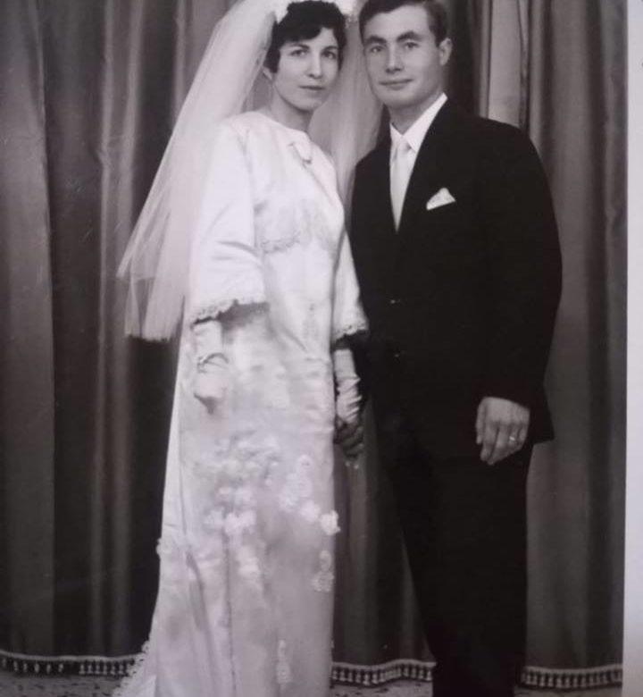 Youtube 50 Anniversario Di Matrimonio.Favara Festeggiano 50 Anni Di Matrimonio I Coniugi Pierina E