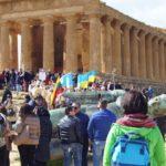 I Bambini del Mondo invada la Valle dei Templi di Agrigento. Al via al 74° Mandorlo in Fiore