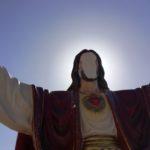 Favara. Devastata statua Gesù in viale Stati Uniti: sacrilegio o vandalismo?