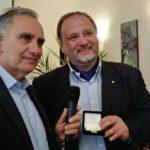Cultura. Ordine dei Giornalisti di Sicilia, consegnata la Medaglia d'Argento a Francesco Pira
