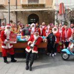 """Favara. Riuscitissima la Quarta Edizione del """"Babbo Natale in Vespa""""! Complimenti a tutti voi"""