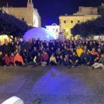 """Favara. La croce della """"Muntagnè della Pace"""" illuminata per dare speranza a conclusione della Festa della Legalità"""