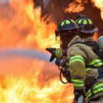 Porto Empedocle. Camion prende fuoco sul viadotto Spinola