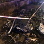 Favara. Una minicar completamente distrutta dalle fiamme nella notte (VIDEO)