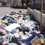 Favara è sistematicamente invasa dai rifiuti e questo accade per due ordini di motivi.