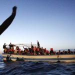Lampedusa: Guardia Costiera trae in salvo 46 migranti. In corso le ricerche degli eventuali dispersi. 7 i corpi privi di vita recuperati.