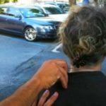 Favara. Malvivente scippa collana d'oro a un'anziana