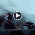"""Lampedusa. Video salvataggio bambina effettuato da un soccorritore marittimo """"Rescue Swimmer"""" della Guardia Costiera"""